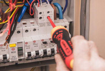 ECIC Offers New Fixed Rate Deal for Electricians