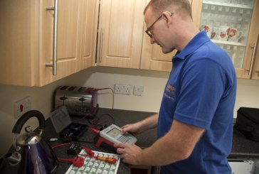 Increase Productivity with the Seaward Apollo 600 PAT Tester
