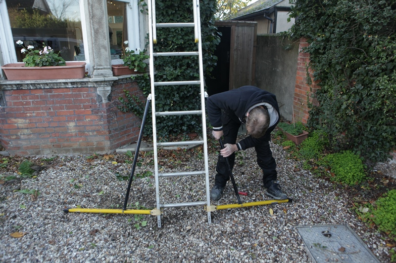 Ladder Safety Devices – Stabilisers