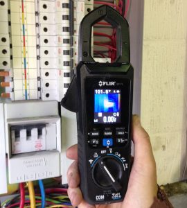 FLIR-Imaging-Clamp-Meter-2