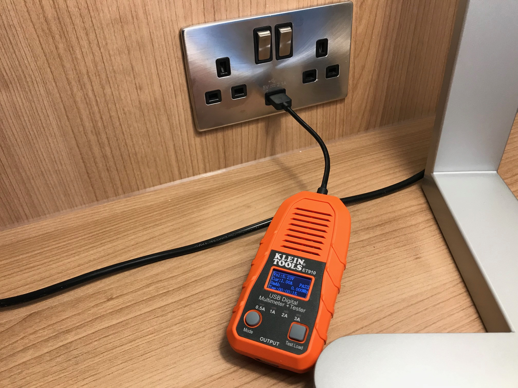 A New Way To Test USB Ports?