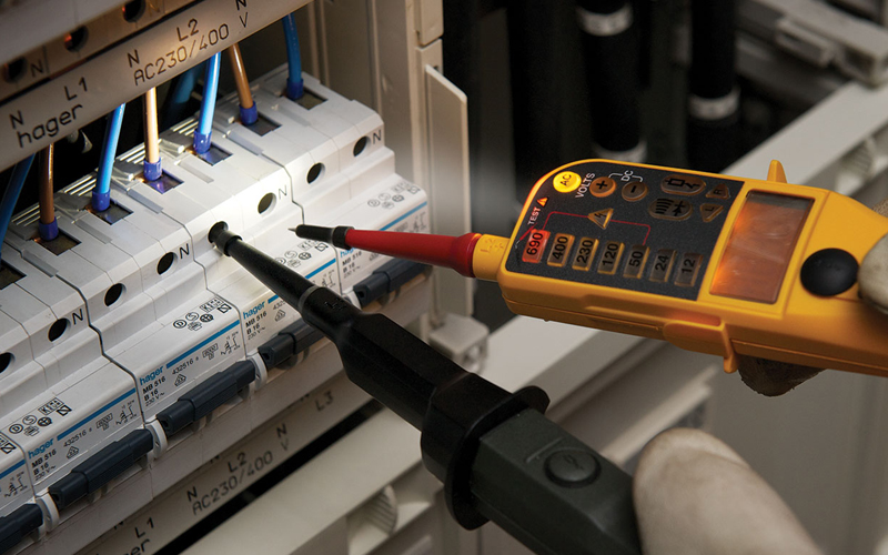 Product Test: Fluke T150 Tester