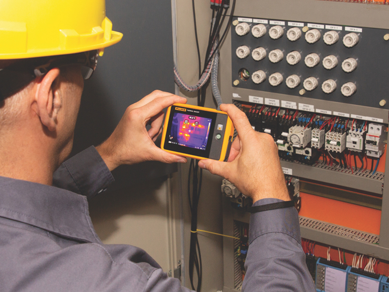 The Fluke Pocket Thermal Imager: troubleshooting power in your pocket