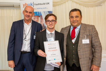 Deaf apprentice dedicates award to inspire other young people