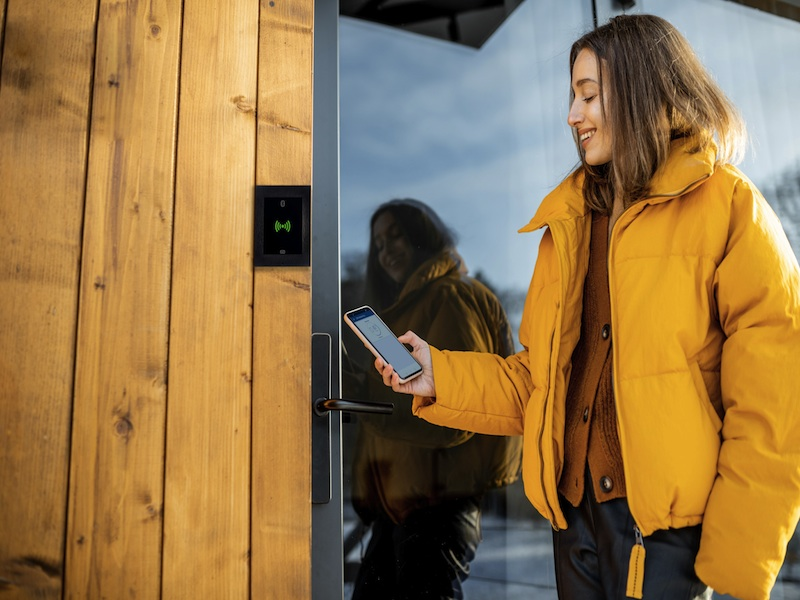 Access control – a touchless subject? | 2N