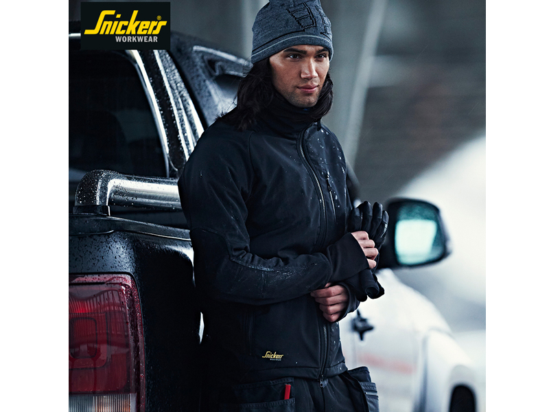 Dress for windy weather with Snickers Workwear's GORE® WINDSTOPPER® Jackets