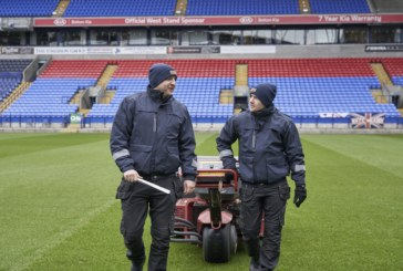 Dickies Workwear put to the test by Bolton Wanderers FC