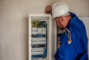 Six tips for electricians struggling with their mental health | ERF