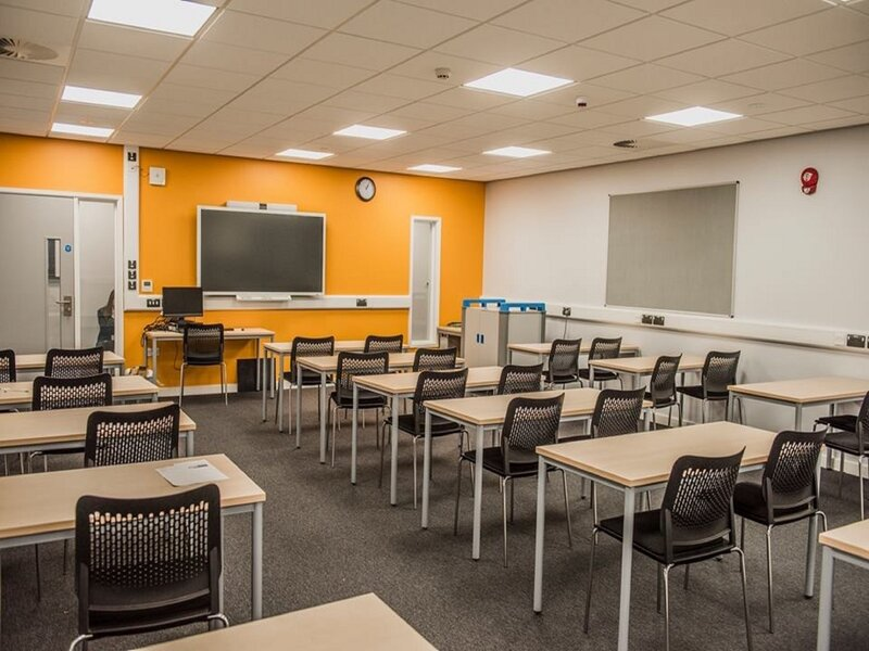 Case Study – CP Electronics provide a flexible and versatile lighting control solution for Halesowen College