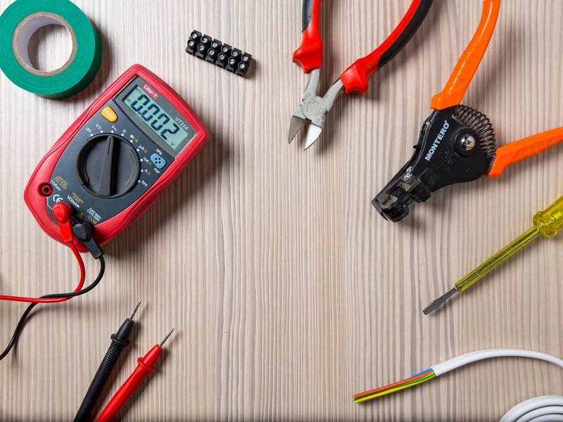 The five most common assumptions about electricians – but how true are they? | ERF